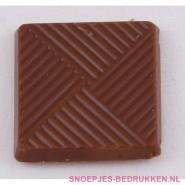 Chocolaatje bedrukken, vierkante chocolade bedrukken, napolitains bedrukken, vierkante chocolade met logo bedrukken